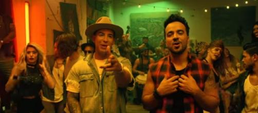 Despacito breaks global streaming record/ Photo via YouTube/ LuisFonsiVEVO