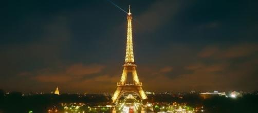 Education in Paris, France | http://maxpixel.freegreatpicture.com/Urban-France-Eiffel-Tower-Paris-City-Landmark-1789706