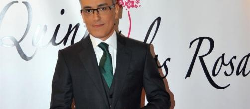 Kiko Hernández presume de paternidad en las revistas