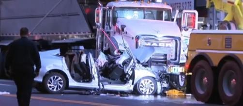 Photo crash in Murray Hill Manhattan screen capture via YouTube/CBS New York