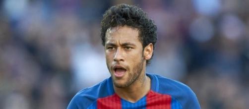 Secondo un sito brasiliano, il PSG sarebbe disposto a pagare l'astronomica clausola rescissoria che lega Neymar al Barcellona