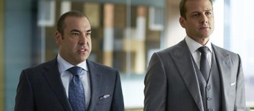 """Suits"" new epsiode: Harvey and Louis engage in a huge argument."