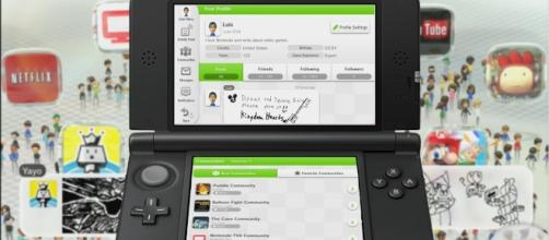The 3DS is Nintendo's current handheld system (image source: YouTube/kNIGHTWING01)