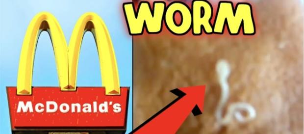 Alicia Specter, a #Miami Beach resident, found a worm in her fish fillet.