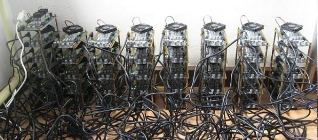 Bitcoin mining credits:wikipedia https://en.wikipedia.org/wiki/Canaan_Creative#/media/File:Icarus_Bitcoin_Mining_rig.jpg