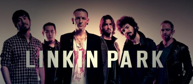 Chester Bennington Linkin Park | https://upload.wikimedia.org/wikipedia/commons/0/05/Linkin_Park_Logo_y_Mienbros.jpg