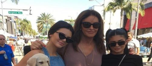 Kendall and Kylie Jenner with their father Caitlyn Jenner (Bruce Jenner) / Photo via Caitlyn Jenner , Instagram