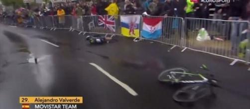 La brutta caduta di Alejandro Valverde