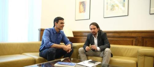 Pedro Sánchez y Pablo Iglesias durante su última reunión en el Congreso de los Diputados.