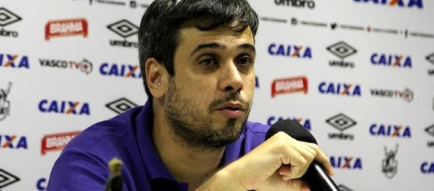 Eurico Brandão, vice-presidente de futebol do Vasco, falando sobre reforços