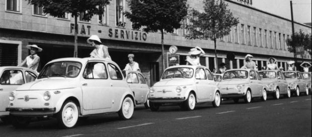 Fiat 500: l'auto del boom economico compie sessant'anni