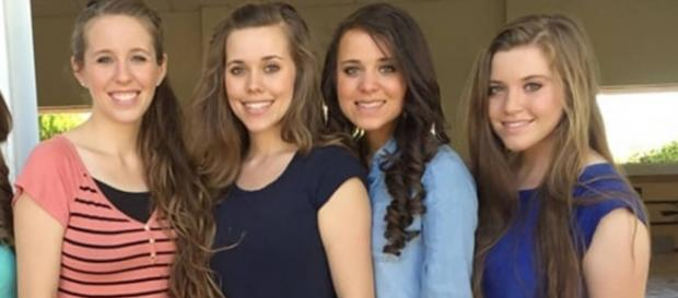 Four of Josh Duggars' Sisters Sue City and Police for Releasing .. [Image source: Pixabay.com]