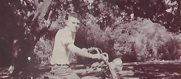Mike Tompkins on a 1960 Pan Head.(Image credit - own)
