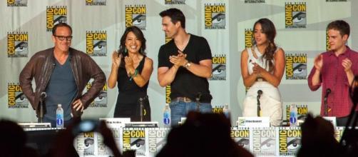 Agents of S.H.I.E.L.D. panel at the 2013 SDCC - https://commons.wikimedia.org/wiki/File:Agents_of_SHIELD_-_SDCC_2013.jpg