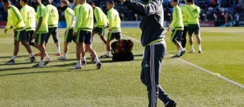 Así fue el primer entrenamiento de Zidane con el Real Madrid - sopitas.com
