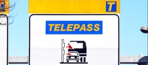 Con Telepass si potranno pagare anche le multe e la benzina grazie al circuito Pay