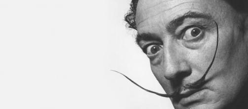 Fotografía que retrata al genial Salvador Dalí