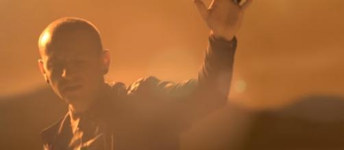 Linkin Park lead singer Chester Bennington dies at 41 /Photo via YouTube/Linkin Park