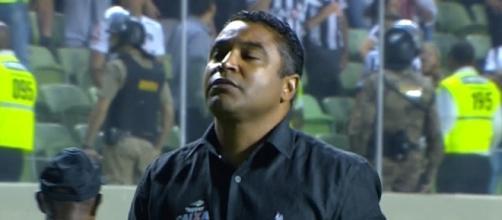 Roger Manchado foi o 11º treinador a deixar o cargo (Foto: Reprodução)