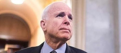 Senator John McCain has been diagnosed with brain cancer [Image: YouTube screenshot]