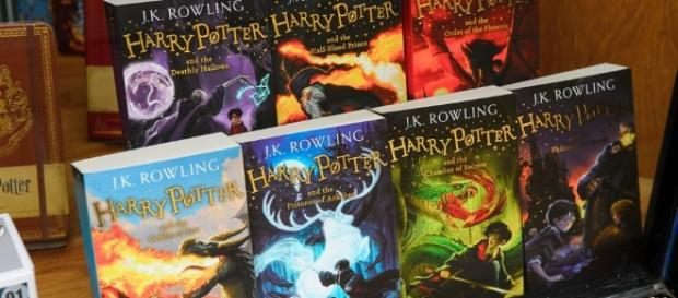 Harry Potter Book Dates : J k rowling unveils release date of two new harry