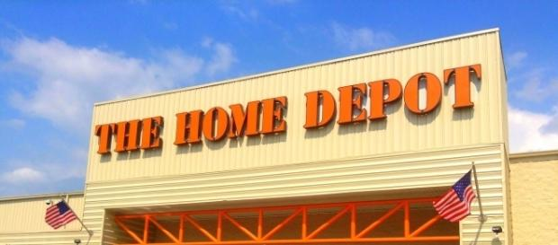 Home Depot fired an employee for stopping shoplifters/Photo via Mike Mozart, Flickr