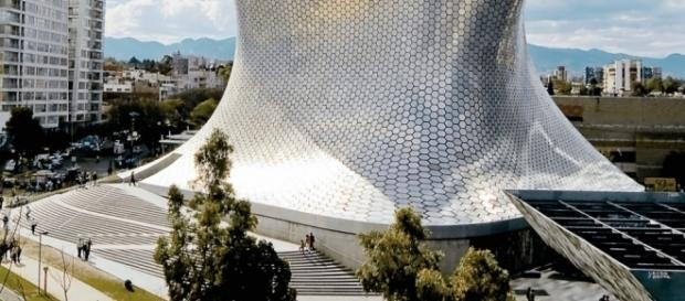 Incredible Museo Soumaya in Mexico City | GLOBAL VIRTUAL GALLERY - globalvirtualgallery.com