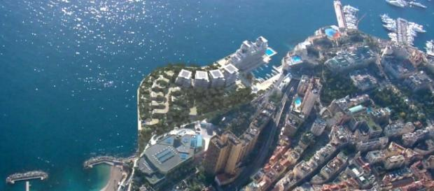 Monaco Luxury Apartments Will Rise out of the Mediterranean Sea ... - travelandleisure.com