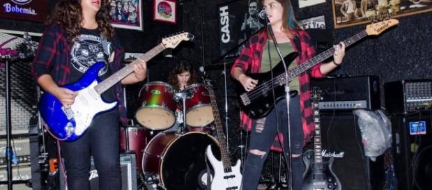 The Curly. Grupo de Rock integrado por chicas desde el 2011 en Oaxaca, México.