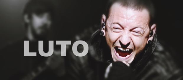 Vocalista do Linkin Parkin morre - Google