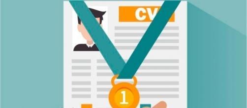 Comment rédiger un CV : les conseils pour les jeunes diplômés - lavoixletudiant.com
