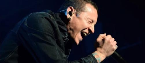 Linkin Park Singer Chester Bennington Dead, Commits Suicide by Hanging | TMZ News/ TMZ / YouTube Screenshot