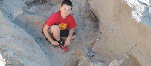 Nine-Year-Old Mexican Boy Discovers 1.2 Million-Year-Old Image - USA News & More | YouTube