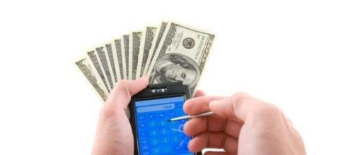 Os brasileiros estão descobrindo formas de ganhar dinheiro com aplicativos para celular