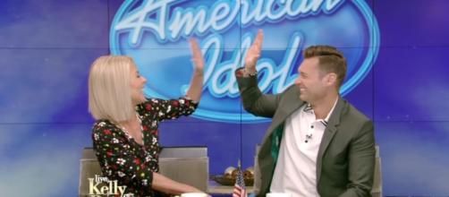"Ryan Seacrest announed his return to ""American Idol"" reboot as host. Image via YouTube/LIVEKellyandRyan"
