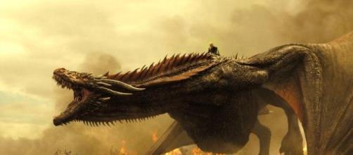 Sangre y fuego. Este dragón tiene malas pulgas