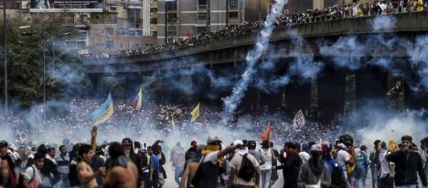 Frente al capitalismo neoliberal México debe recuperar su patrimonio, Venezuela debe proteger su patrimonio, en beneficio de sus pueblos