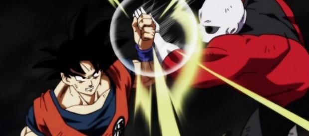 Goku vs Jiren lutando no torneio do poder
