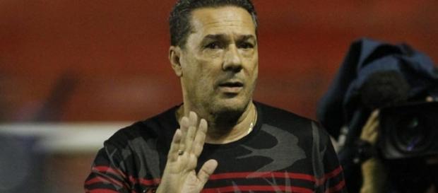 Vanderlei Luxemburgo - treinador do Sport