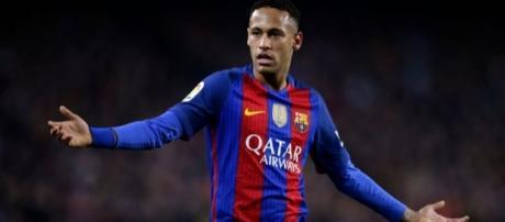 L'attaccante brasiliano Neymar, vicinissimo a lasciare il Barcellona per il Paris Saint-Germain