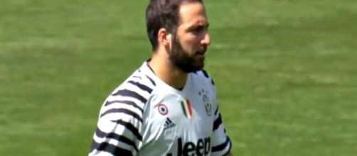 Gonzalo Higuain perde la battaglia legale col Napoli