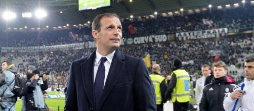 Juventus, a New York Suoer sfida contro il Barcellona. Ecco Douglas Costa