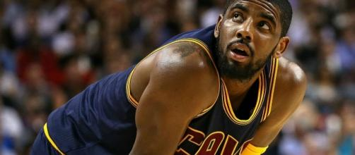 Stephen A. Smith says Kyrie Irving has to defer to LeBron James - Photo: YouTube (NBA)