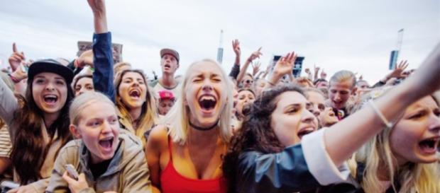 Szwedzkie kobiety na koncercie (źródło: google.com).