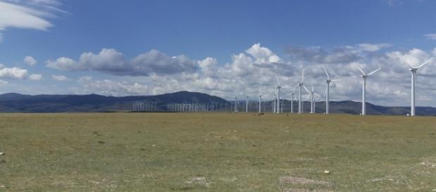 Wind turbine farm - Image OLC Fiber | Fickr