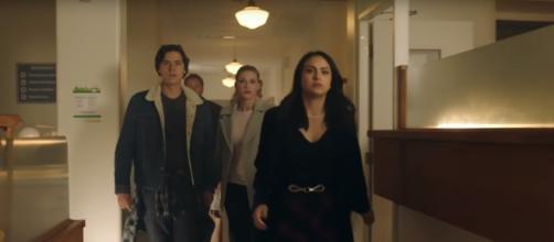 'Riverdale' season 2 - YouTube screenshot | TV Promos DB/https://www.youtube.com/watch?v=zj4rUYZxbag