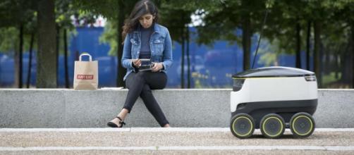 Arriva il robot fattorino per le consegne a domicilio - ninjamarketing.it