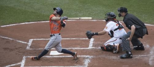 Jose Altuve is the best hitter in baseball. [Image via Flickr - Keith Allison]