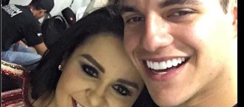 Maraísa e ex-BBB Antonio são flagrados em clima de romance: 'Beija bem'