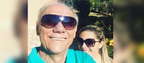 Marcelo Rezende comemora melhora com namorada (Foto: Reprodução)